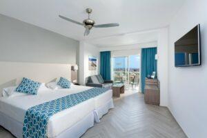 RIU Papayas – double room pool/garden view